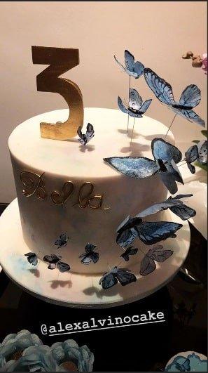 O bolo da festa de Bella Loreto