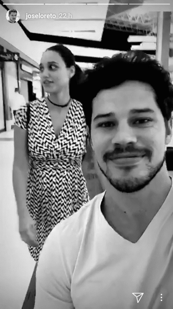 José Loreto e Débora Nascimento fazem o enxoval da filha em Miami