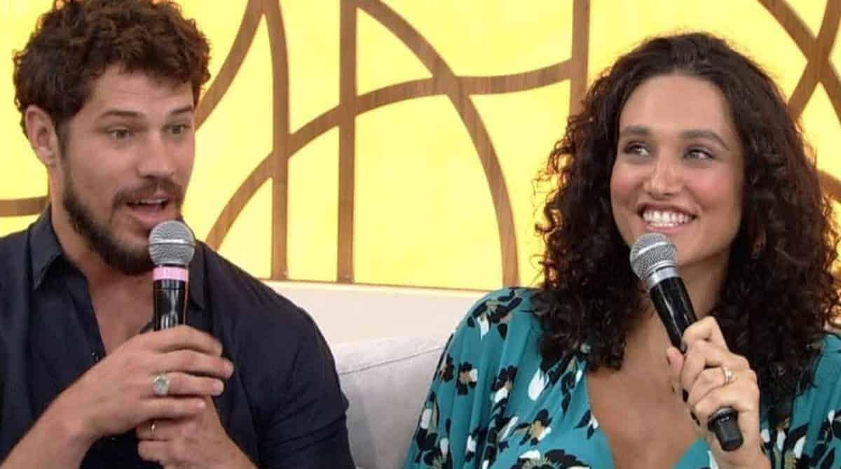 Débora Nascimento e José Loreto optam por quarto montessoriano
