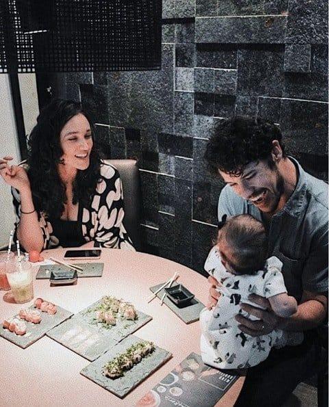 A última publicação que Débora Nascimento mostrou junto com a filha e do ator José Loreto