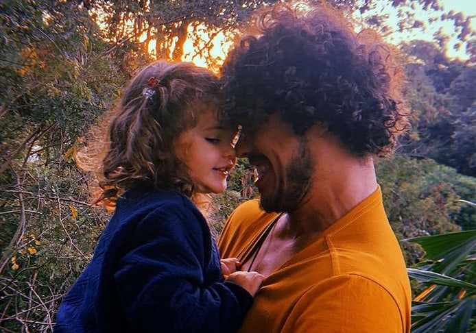 José Loreto com a filha com Débora Nascimento