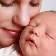 Veja como se manter relaxada nos primeiros dias com o bebê