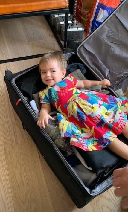 Zoe querendo realizar uma viagem com o pai Duda Nagle