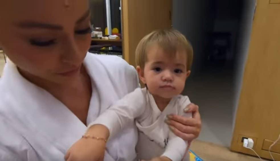 Duda Nagle mostrou a pequena Zoe com Sabrina Sato