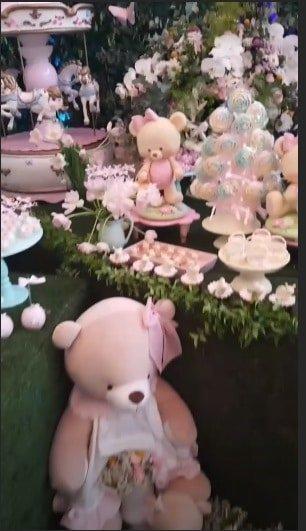 Ursos para todos os lados na festa de um ano da filha da apresentadora Eliana