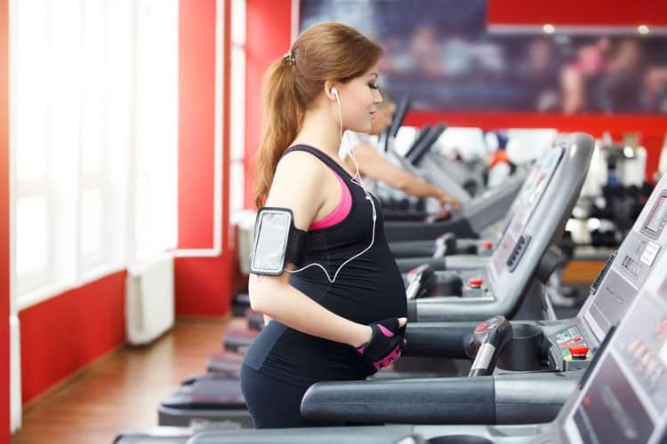 Saiba como os exercícios na gravidez são importantes