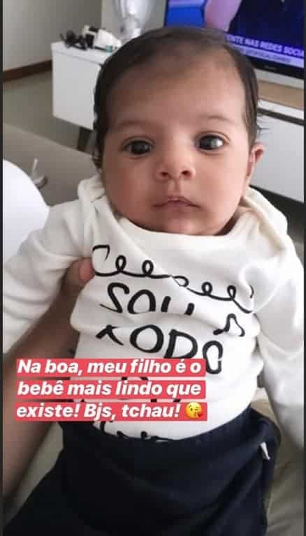 O papai Felipe Araújo se derreteu por seu pequeno Miguel