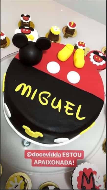 O lindo bolo do filho de Felipe Araújo
