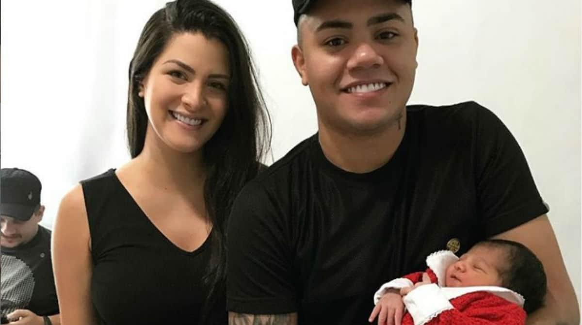 Filho de Felipe Araújo vai parar no hospital