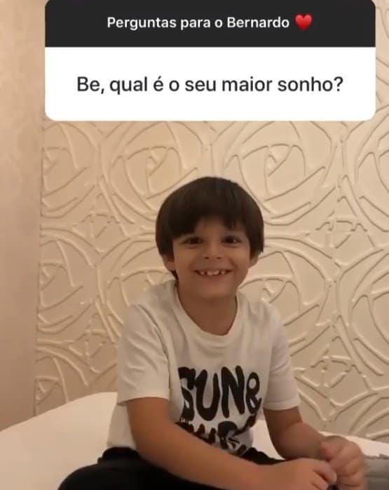 Felipe Araújo mostrou seu sobrinho falando sobre o pai