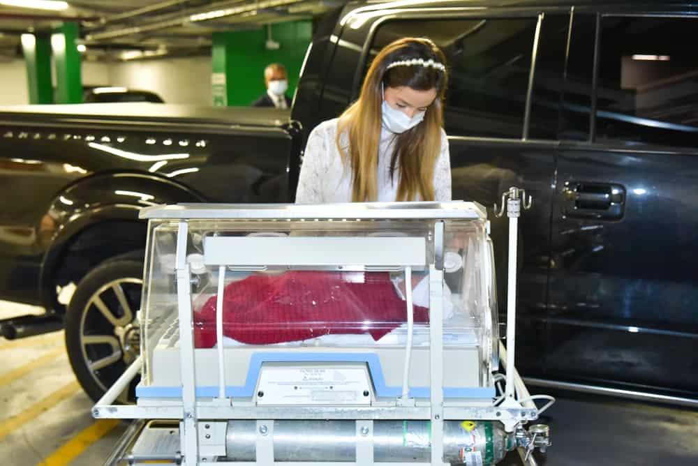 Filho de Sorocaba saindo da maternidade em incubadora
