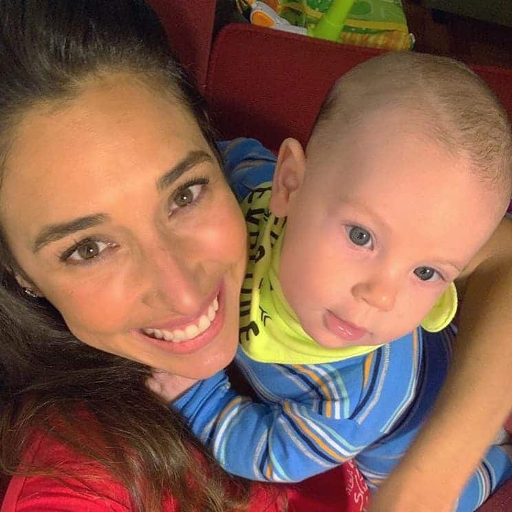 Giselle Itié com seu filho com Guilherme Winter