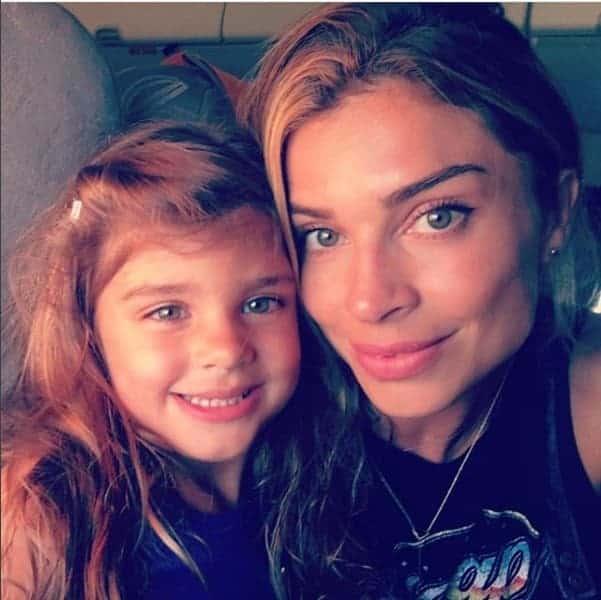 A fofa Sofia com a mamãe Grazi Massafera