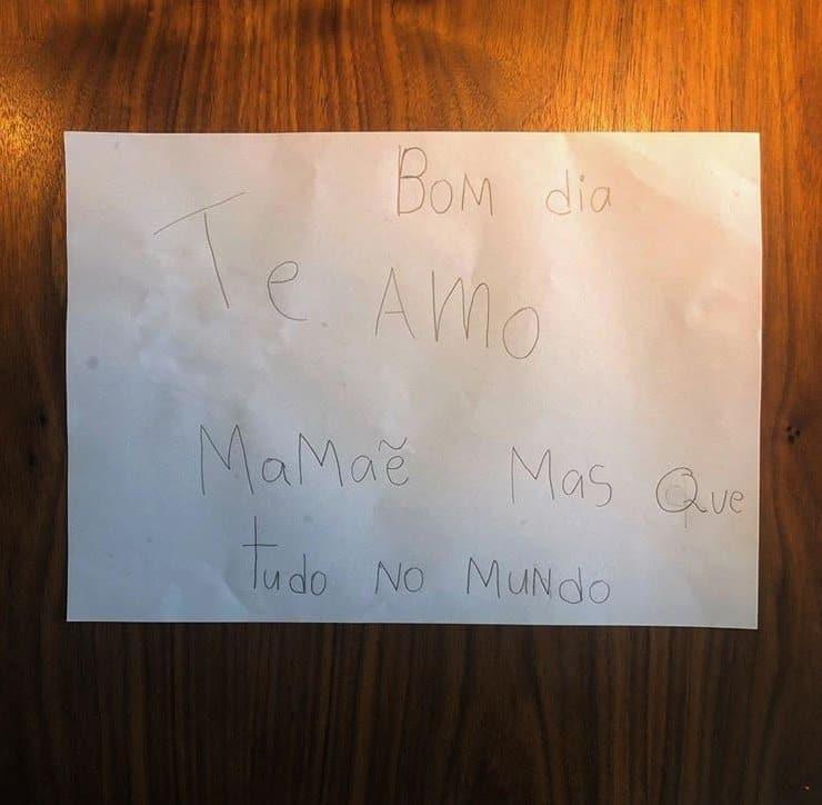 Carta que filha de Grazi Massafera e Cauã Reymond escreveu