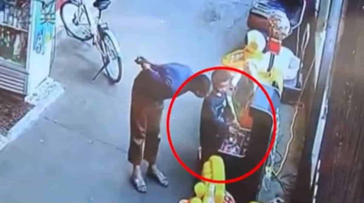 Confira imagens de uma criança sendo sequestrada