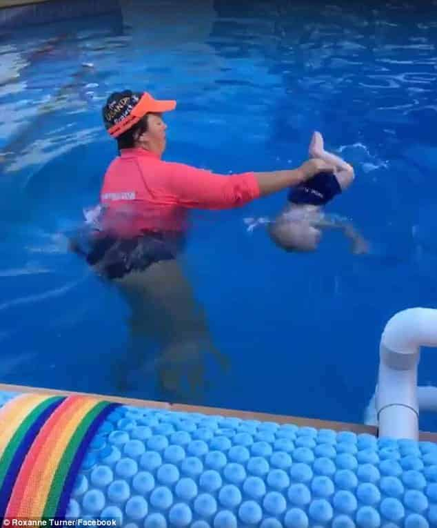 Muita gente se indignou com a aula de natação