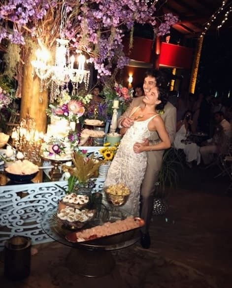 Isis Valverde em sua festa de casamento