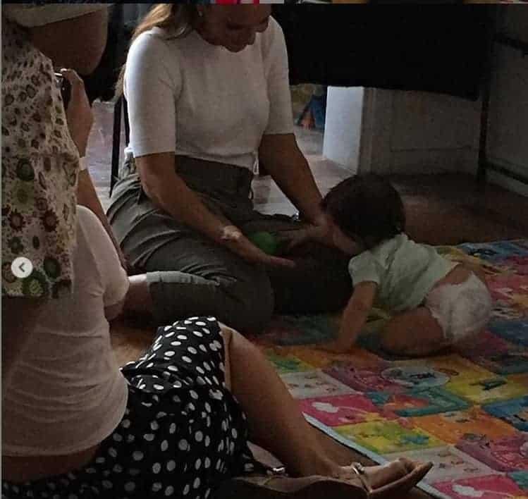 Ivete Sangalo com uma bebê