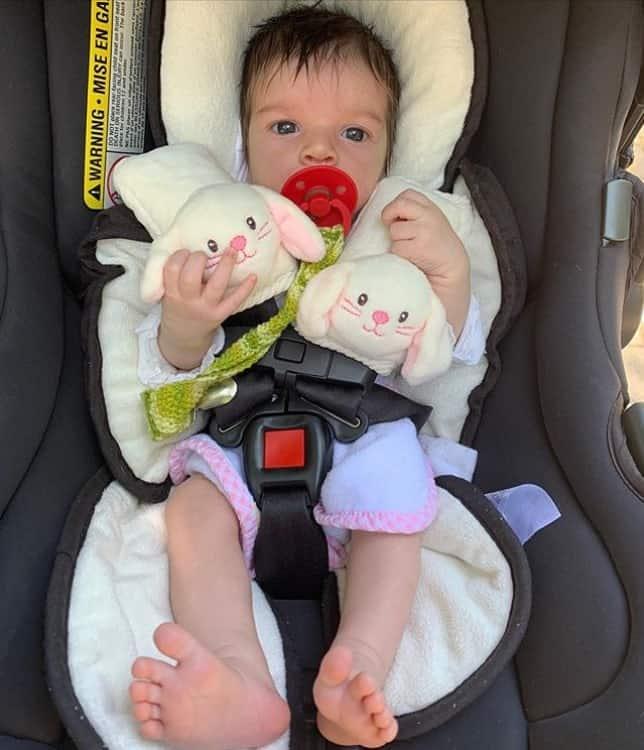 Ivete Sangalo elogiou esta foto da filha de Laura Neiva e Chay Suede