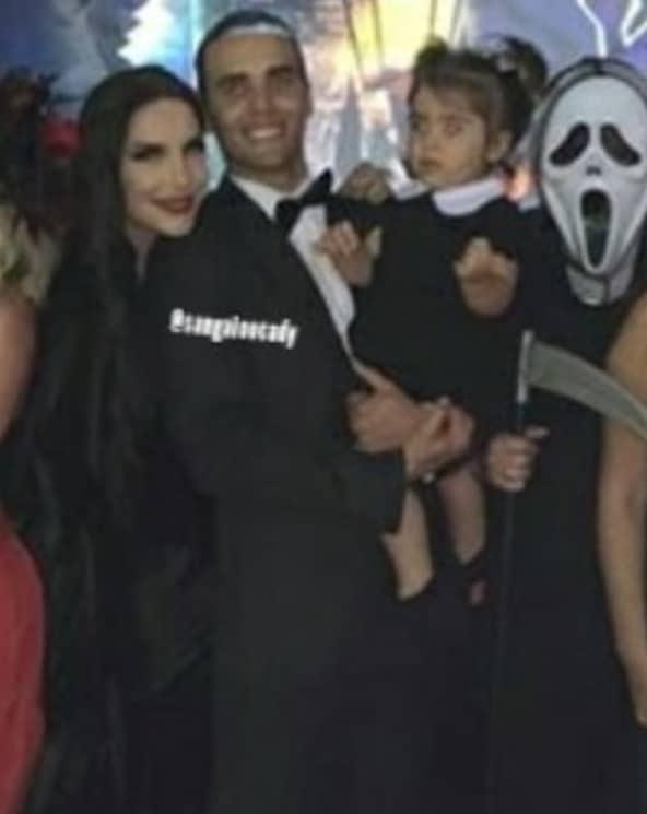 Ivete Sangalo com o marido e a pequena Marina