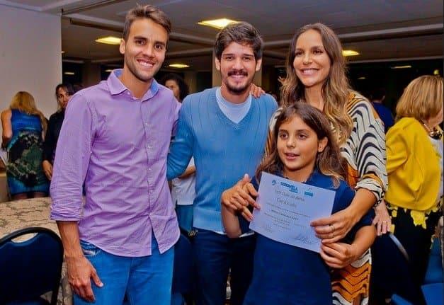 Foto da formatura de Marcelo, filho de Veveta
