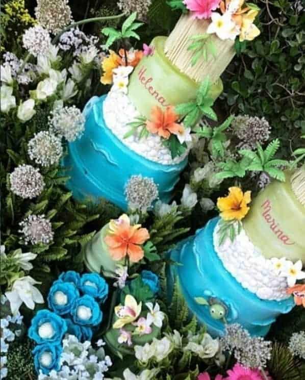 Decoração tropical na festa das gêmeas de Ivete Sangalo