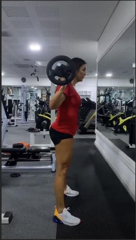 Ivete Sangalo voltou a treinar
