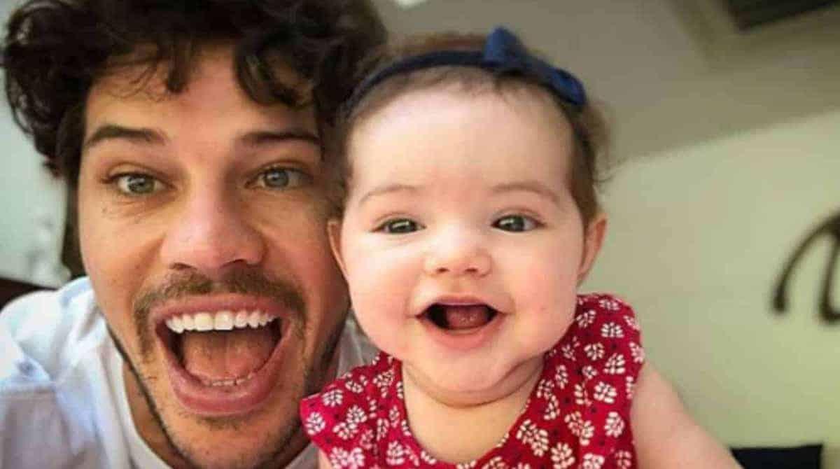 Débora Nascimento e José Loreto prepararam um belo quarto para sua filha