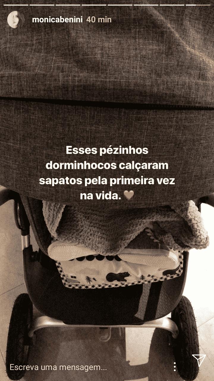 O músico Junior Lima compartilhou a foto do pequeno Otto usando sapatinho