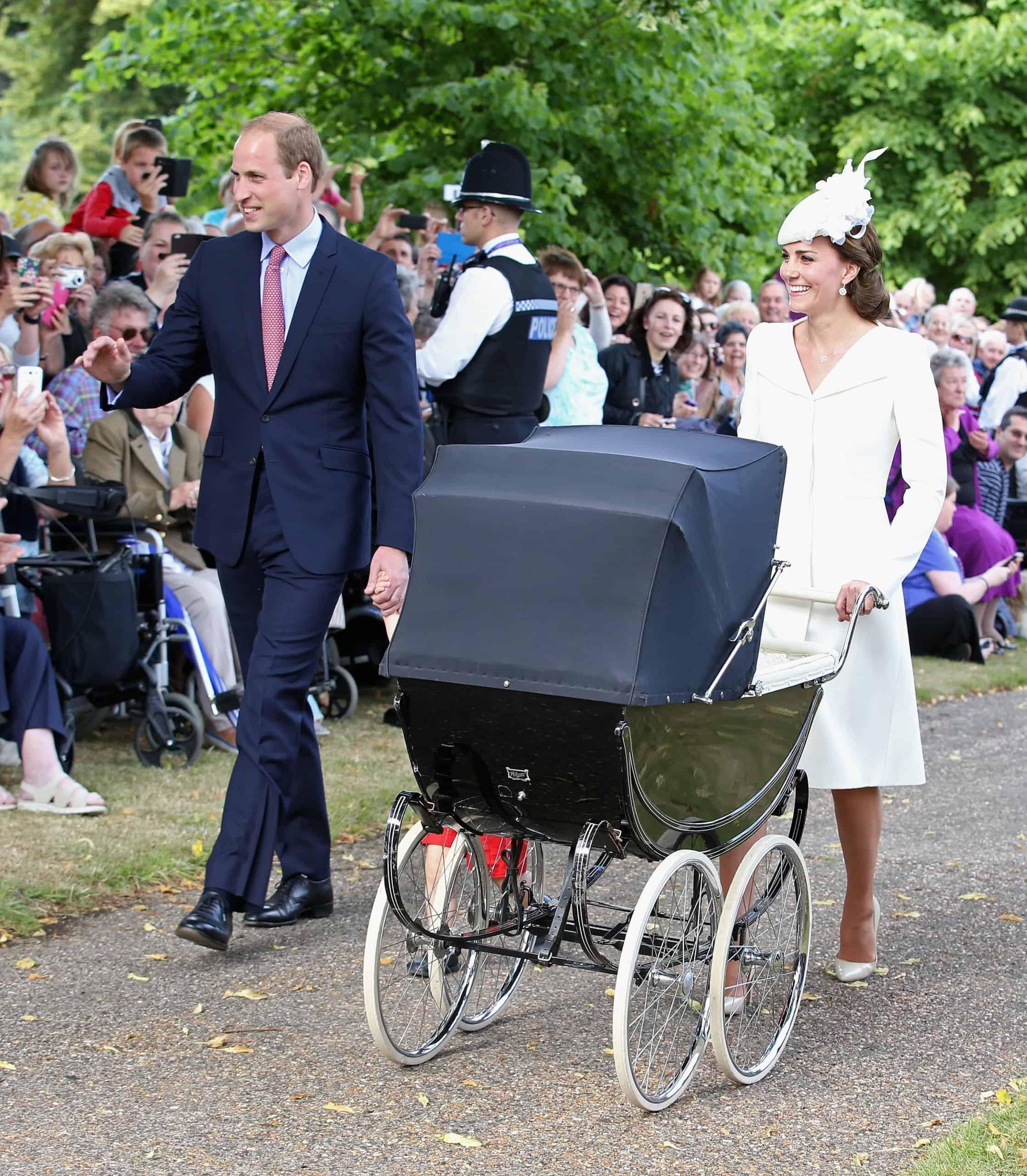 O carrinho de bebê usado por membros da realeza britânica