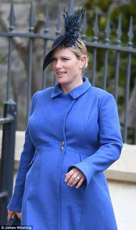 Zara Phillips está grávida de seu segundo filho também foi a missa de Páscoa