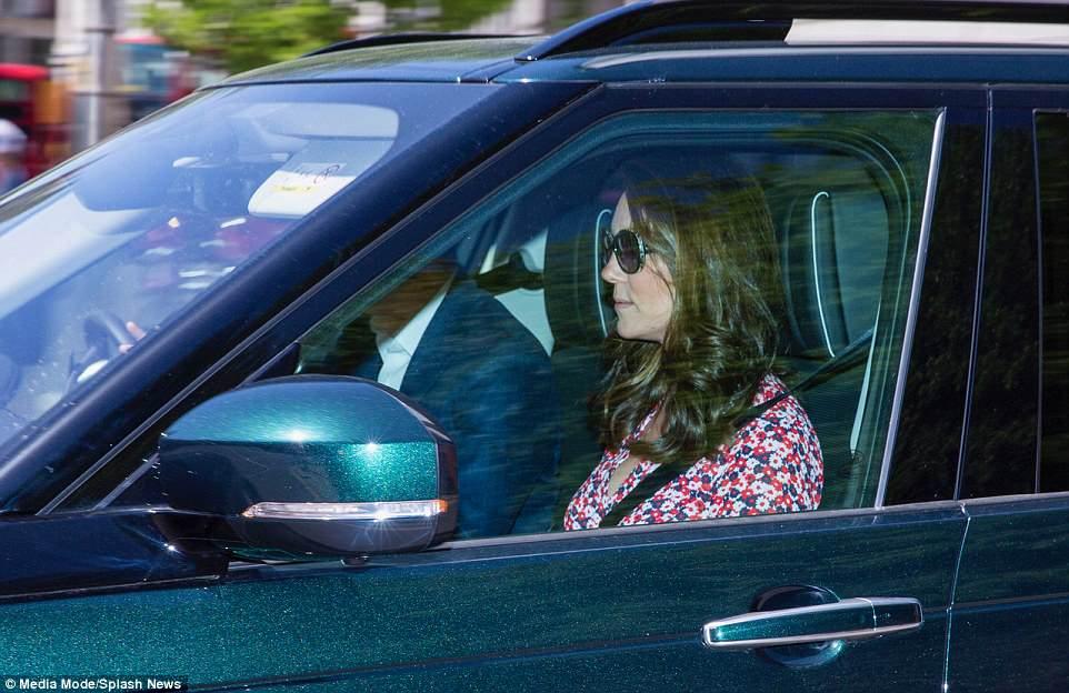 Kate Middleton foi para o ensaio do casamento real