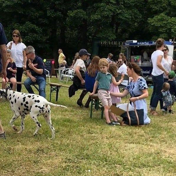 Depois do casamento real Kate Middleton e seus filhos aproveitaram para relaxar