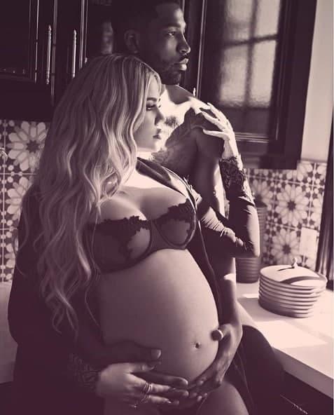A futura mamãe Khloé Kardashian com o namorado Tristan Thompson