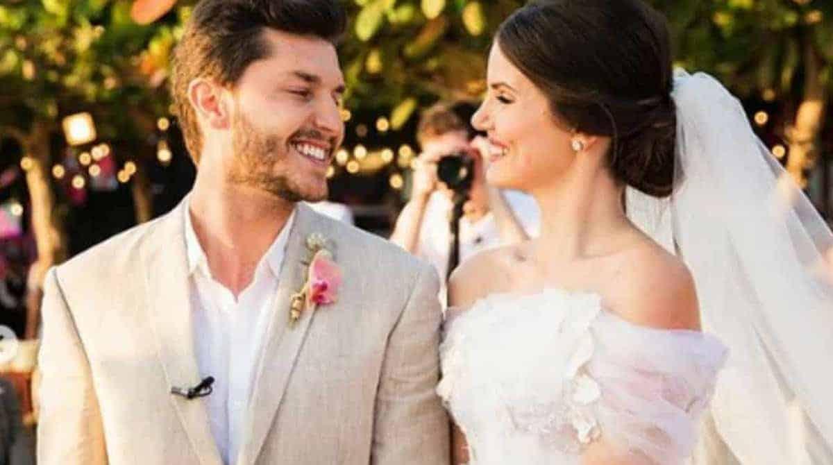 No casamento de Camila Queiroz e Klebber Toledo as daminhas foram o show
