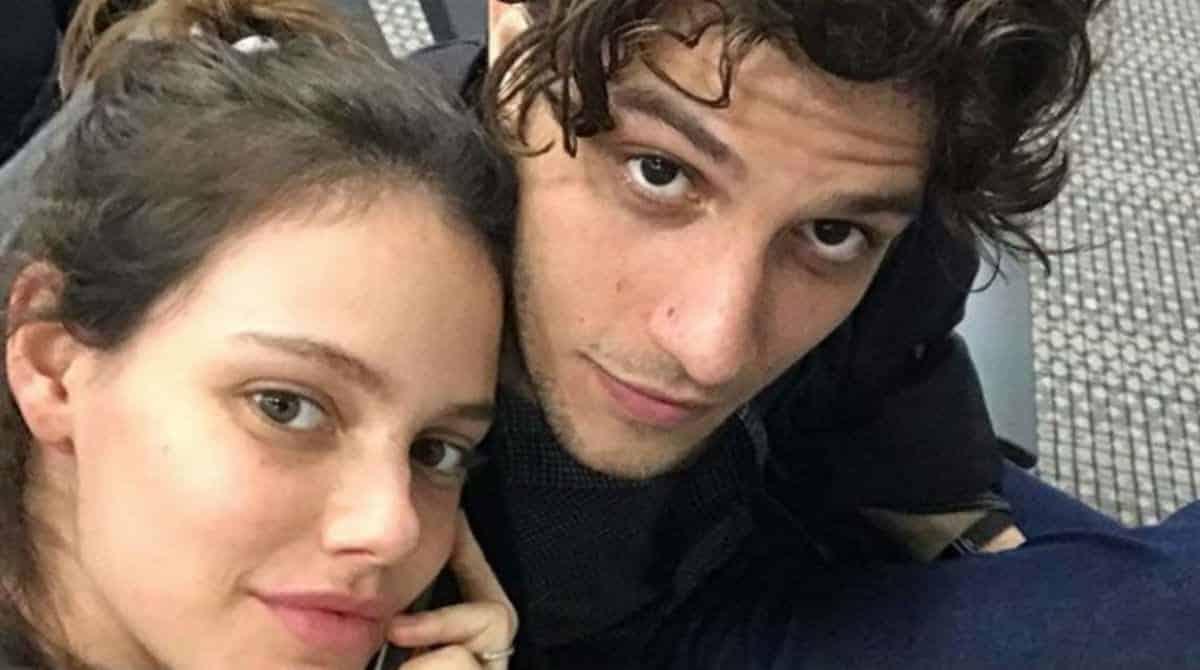 Laura Neiva deu à luz sua filha com Chay Suede