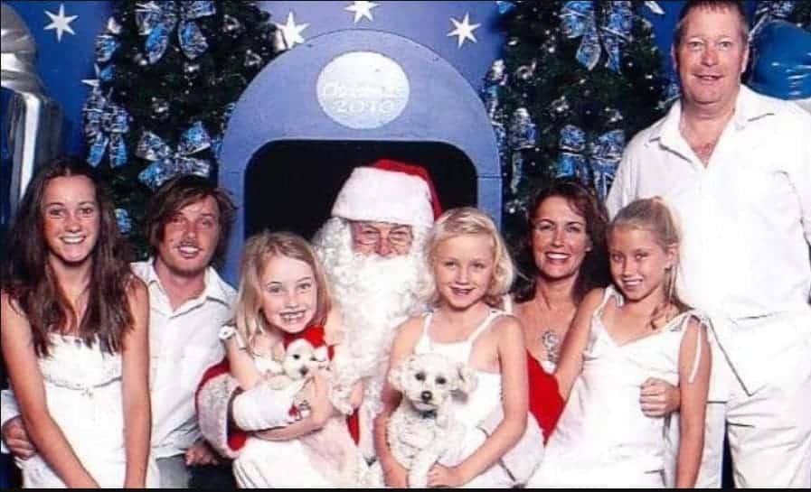 Lisa com o marido e seus cinco filhos