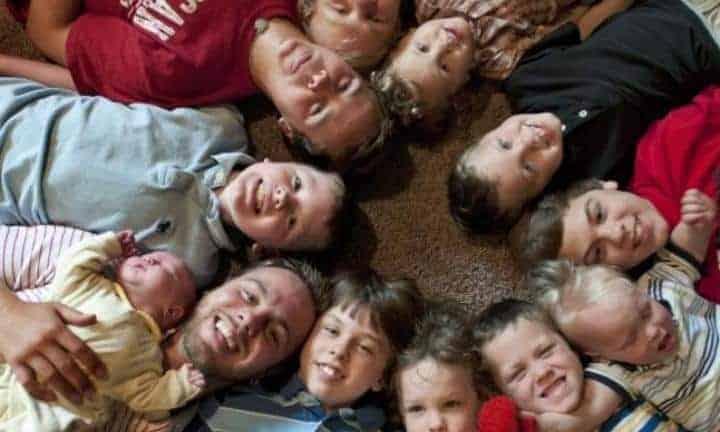 Imagem dos treze irmãos juntos