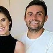 Esposa de Mano Walter exibiu barrigão de dez meses