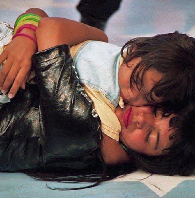 Mara Maravilha revelou esta foto com uma criança