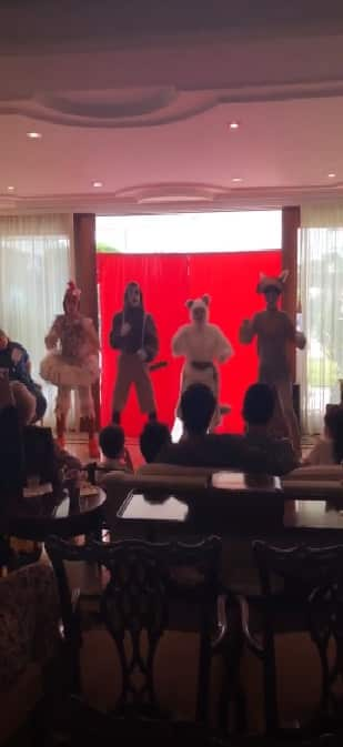 Imagem da festa de Romeo, filho de Marcos Mion teve uma peça de teatro