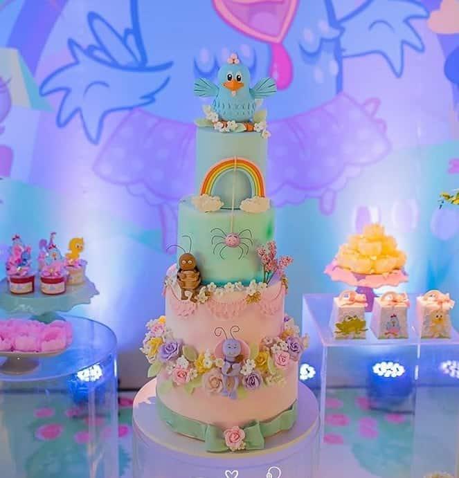Mayra Cardi revelou bolo sem açúcar e sem lactose e glúten da festa da filha