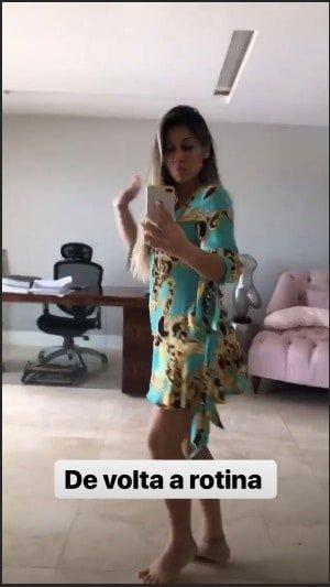 Mayra Cardi após o nascimento da filha