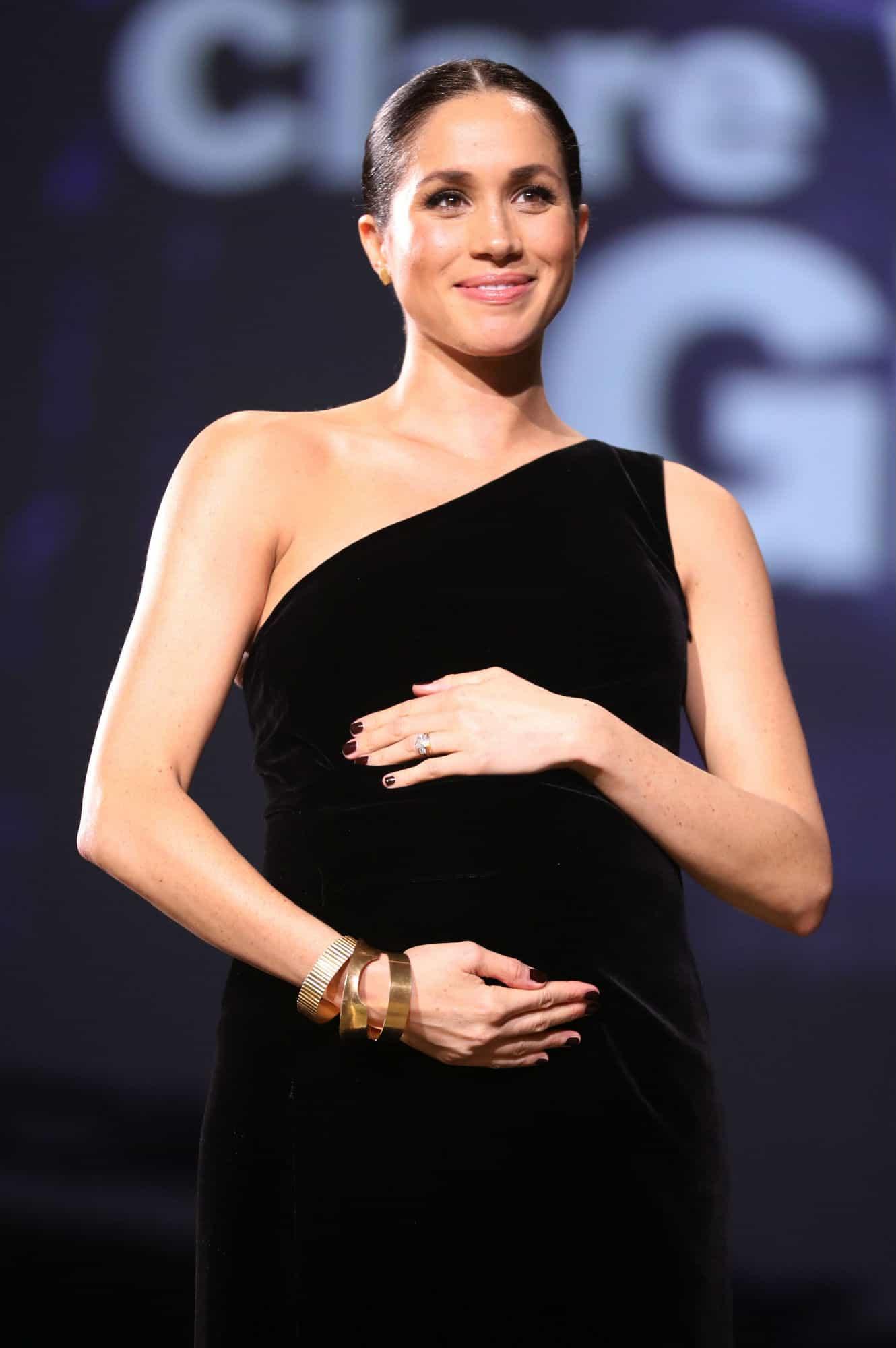 Mais uma bela foto da duquesa Meghan Markle e sua linda barriga de gravidez