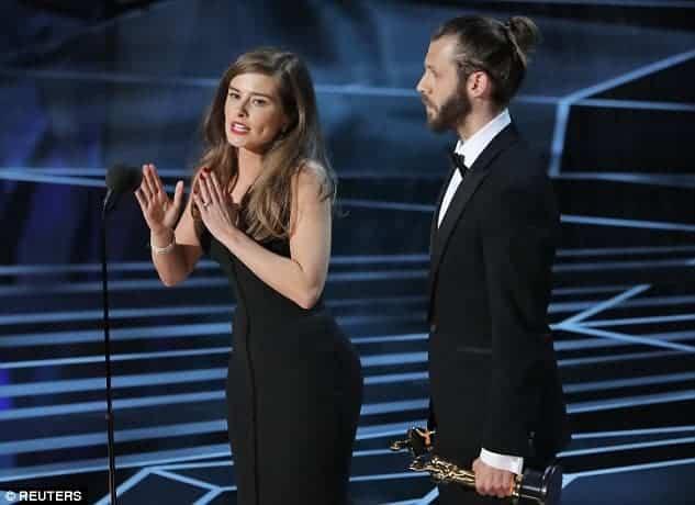 Esse foi o discurso da atriz Rachel Shenton em linguagem de sinais