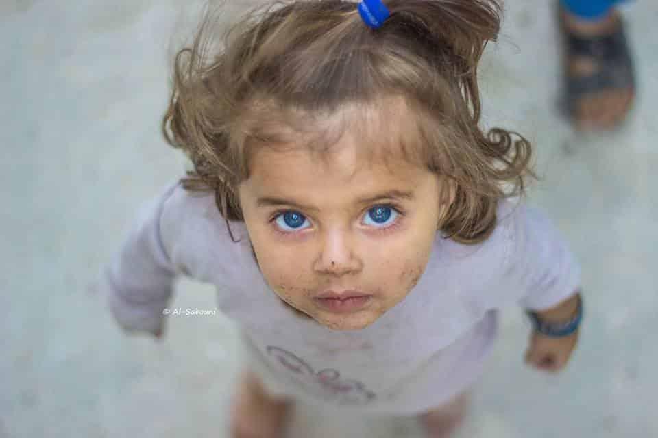A linda menina síria que sensibilizou a web
