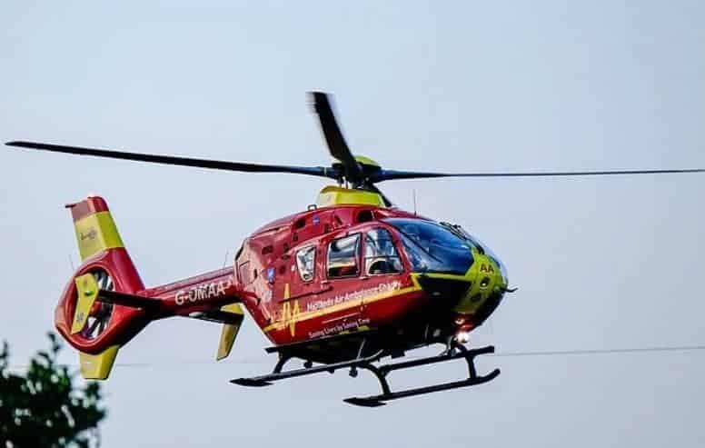 Menino teve que ser levado de helicóptero ao hospital