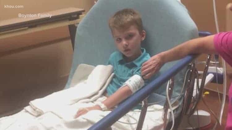 Menino de oito anos que foi parar no hospital por causa de bullying