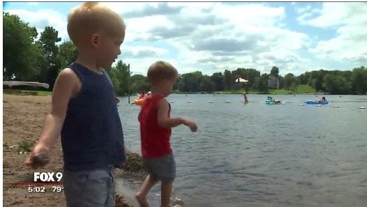 Lago em que a grávida salvou o menino de 3 anos
