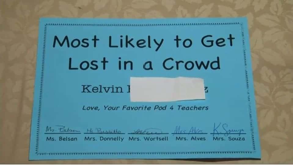 O menino ganhou esse certificado